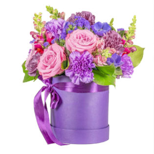 Цветы в коробке «Безупречность»